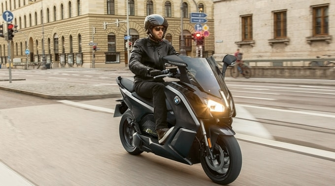 location BMW C EVOLUTION