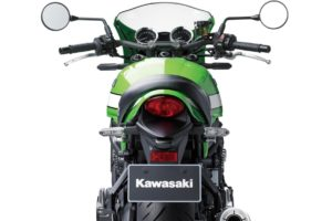 Location Kawasaki Z900RS Café 2